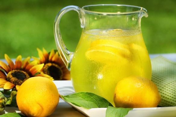 Si la vida te da limones, haz limonada. Fuente: i.ytimg.com